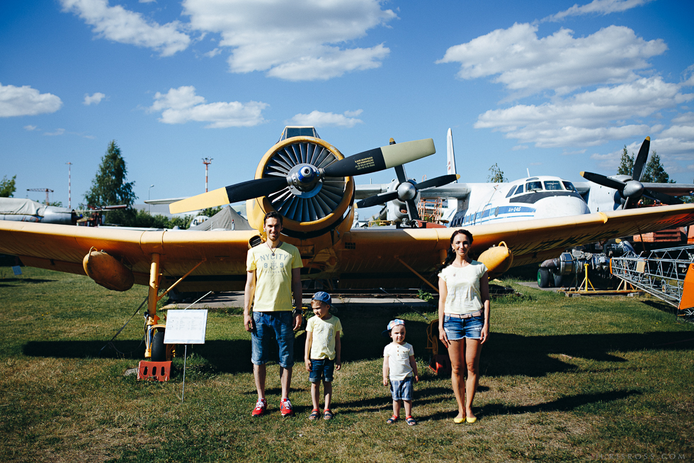 Ģimenes fotosesija Aviācijas muzejs