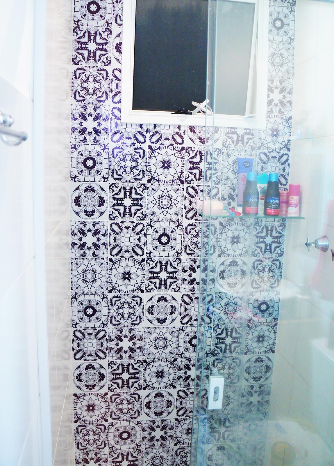Adesivo Flor De Hibisco ~ Fernanda Calheiros BLOG Azulejo adesivo no banheiro