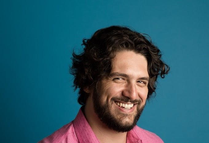 """Entrevista: Matheus Brant explora o romantismo com base no pagode em """"Cola Comigo"""""""