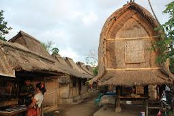 Menparekraf Dorong Desa Wisata Hadirkan Produk Unggulan Otentik