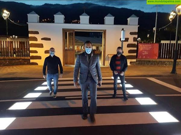 El Ayuntamiento de Breña Alta estrena el primer paso de peatones inteligente de la comarca