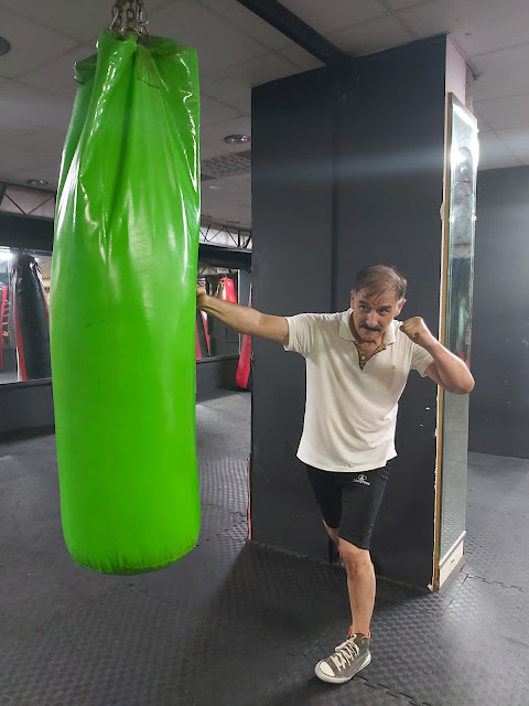Boxing punches:  a jab,  a cross,  а hook. with Shahin Alioglu