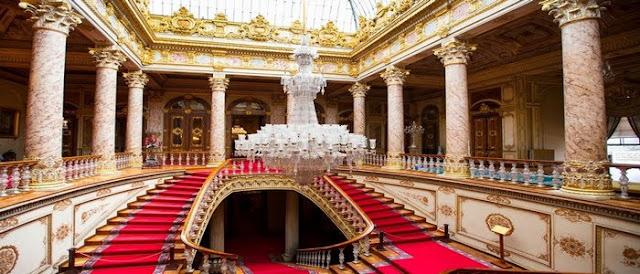 Palacio presidencial fue robado a familia armenia