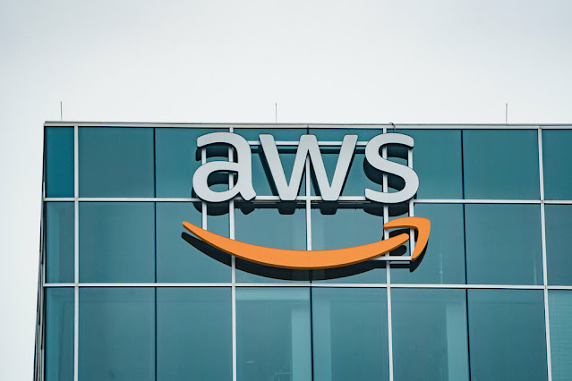 Amazon is Offering a Free Program that Helps People to Get Training, Certification and Jobs in Cloud Computing