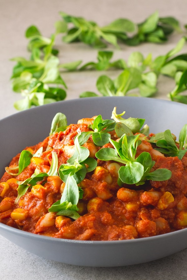 15-Minute Cannellini Bean Stew