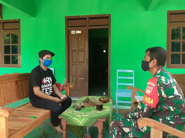 Babinsa Koramil  Jogonalan Datangi Tokoh Masyarakat Desa
