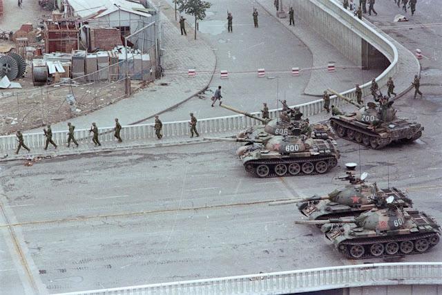 Peristiwa Tiananmen, Kala Tank Militer China Membantai Ribuan Pejuang Demokrasi