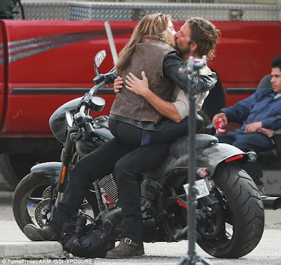 Lady Gaga and Bradlley Cooper share passionate kiss for new movie