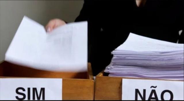 Cidadãos denunciam favorecimento político nos currículos entreguem na Prefeitura para o Assaí