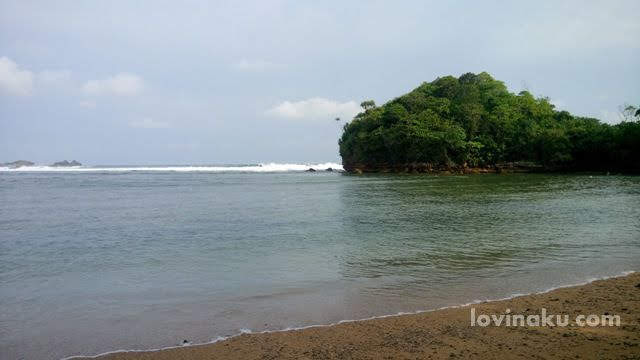 Wisata Pantai Malang Jawa Timur : Pantai Banyu Meneng