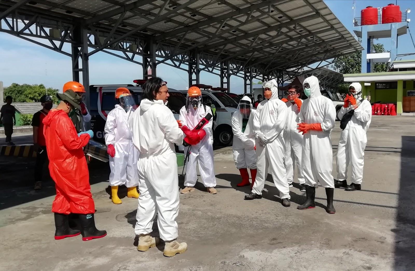 Gabungan Relawan Peduli Sosial, Sterilisasi Stasiun Hingga Terminal