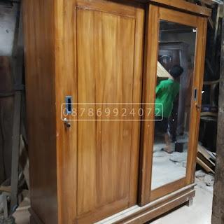 lemari pakaian 2 pintu geser sleding kayu jati minimalis asli Jepara