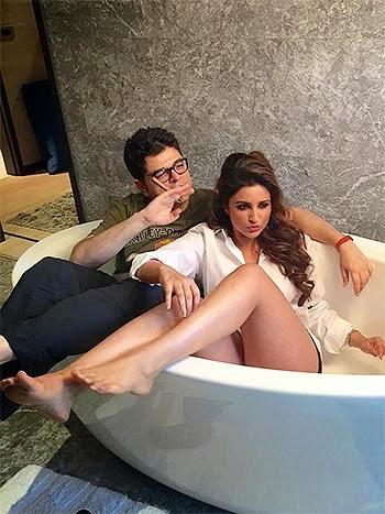 Hottest And Sexiest Bollywood Actress Parineeti Chopra Stills