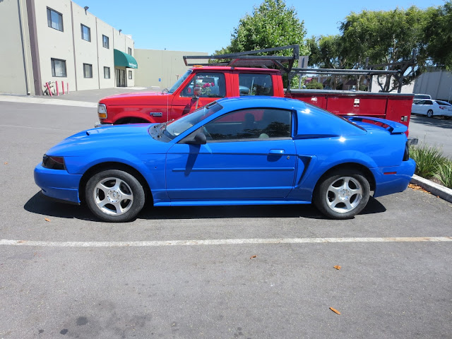 Transformed Mustang with body kit & custom paint