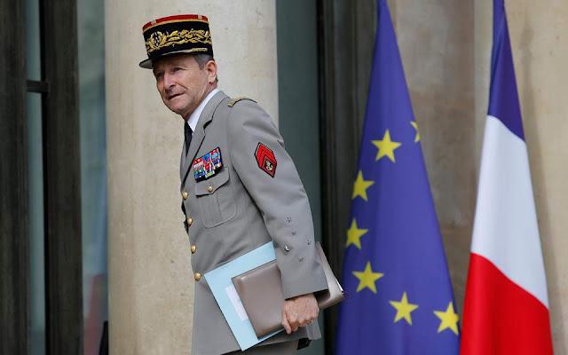 Γαλλία: Παραιτήθηκε ο αρχηγός του γενικού επιτελείου των Ενόπλων Δυνάμεων