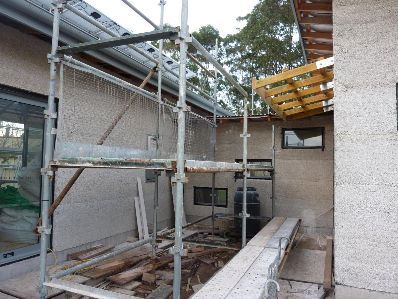 Culburra Hemp House Awning Roof Goes On