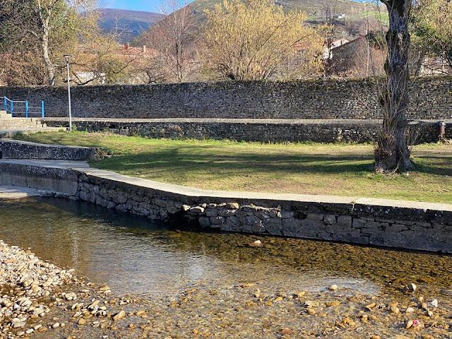 Piscina natural de Espinosa de los Monteros.