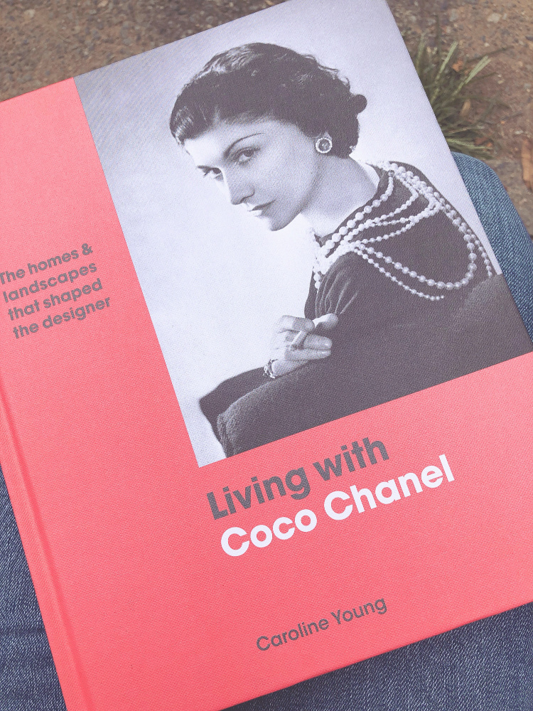 A Vintage Nerd, Vintage Blog, Retro Blog, 1960's Casual Style, Retro Fashion, Peter Pan Collar, Vintage Nerd, Vintage Reading, Coco Chanel,  Book Club, Vintage Book Club, Coco Chanel Book Review, Living with Coco Chanel