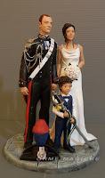 statuine per torta nuziale sposo in divisa cake topper con figli carabinieri orme magiche