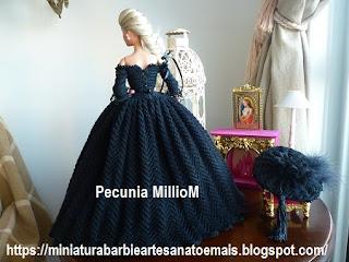 Vestido de Época em Crochê Para Boneca Barbie - Sra. Inglesa do Séc. XVIII Por Pecunia MillioM 5