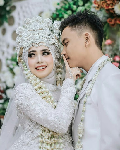 Jangan Mendadak Memberitahu Rencana Pernikahanmu - Menikah Muda