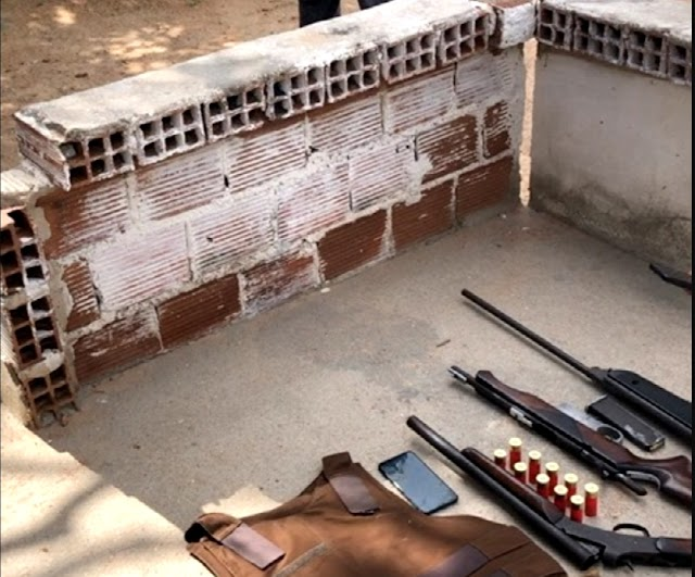 Operação integrada entre polícias cívil, militar e Pelopes resulta na apreensão de armas e de um homem em Delmiro Gouveia