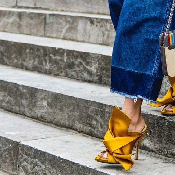 Sapato de Cetim