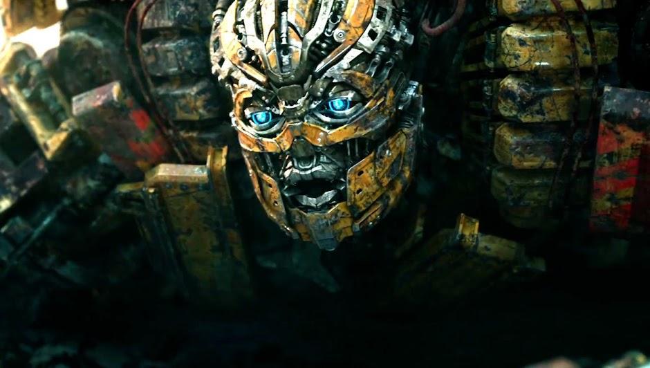 """Novo trailer de """"Transformers 5"""" tem mais explosões, batalhas épicas e Optimus mal"""