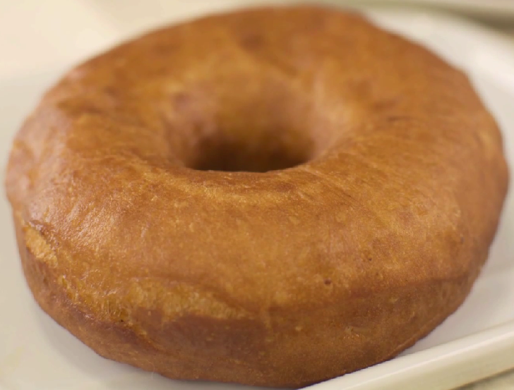 How to Make an Amazing Hot and Fresh Doughnut