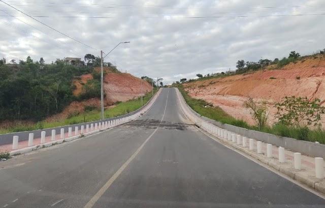 Quebra mola da ladeira que liga Sapoty ao Baianão foi retirado pela prefeitura