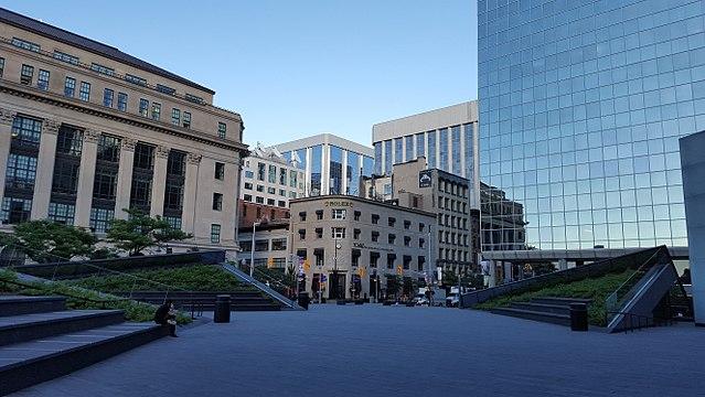 Банк Канады сохраняет целевую ставку овернайта и открывает новые рыночные операции