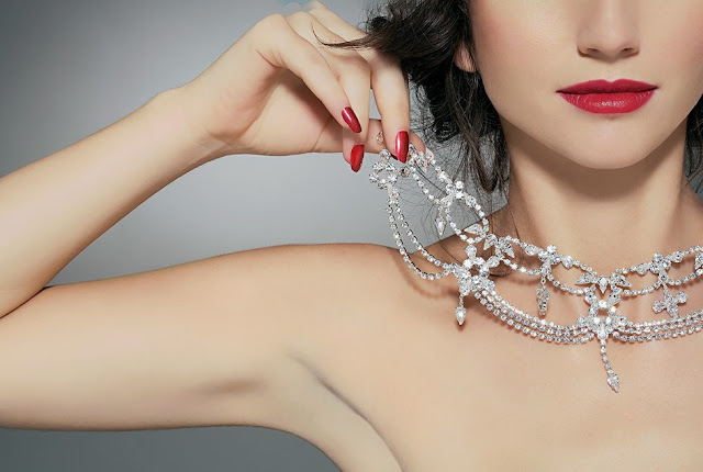 ¿Cómo saber si tus joyas de plata son reales o falsas?