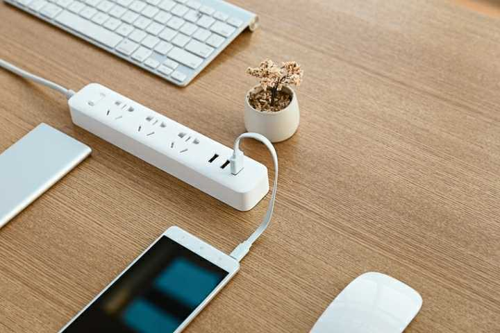 Tips sederhana mengisi daya Smartphone dengan cepat