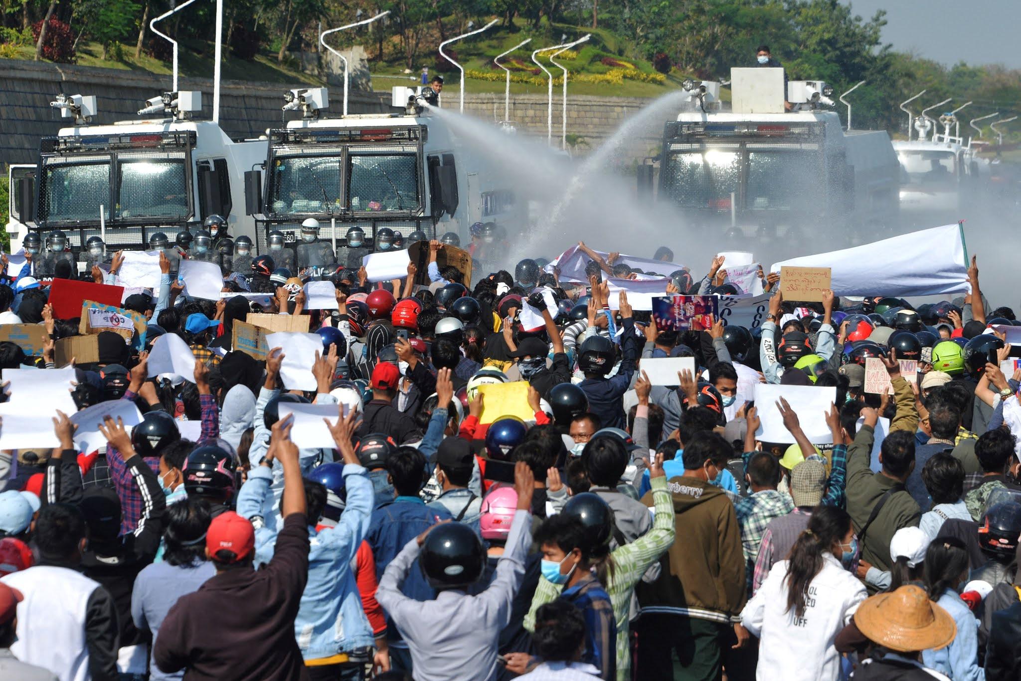 El Gobierno de facto reprime las manifestaciones y se agrava la crisis política en Myanmar