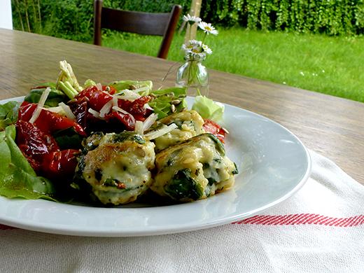 Frühlingsrezept, Spinat-Ricotta-Nocken, Minze, getrocknete Tomaten, Foodblog, Holunderweg18