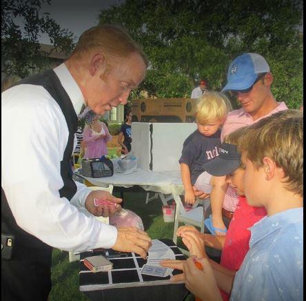 Magician Peter Toler Mobile, Alabama - Close-up Magic, Card Magic Tricks, Comedy Magic, Stage Magic