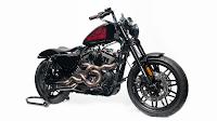 Custom-King-2018-Harley-Davidson-black