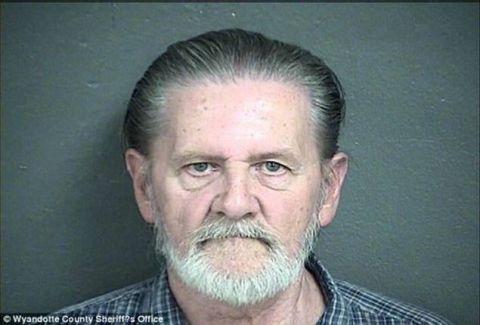 Τι έκανε ο άνθρωπος; Λήστεψε τράπεζα για να μπει φυλακή και να... γλιτώσει από την γυναίκα του! (PHOTOS)