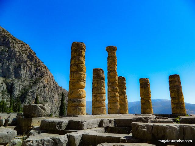 O antigo santuário de Delfos, centro espiritual da Grécia Clássica