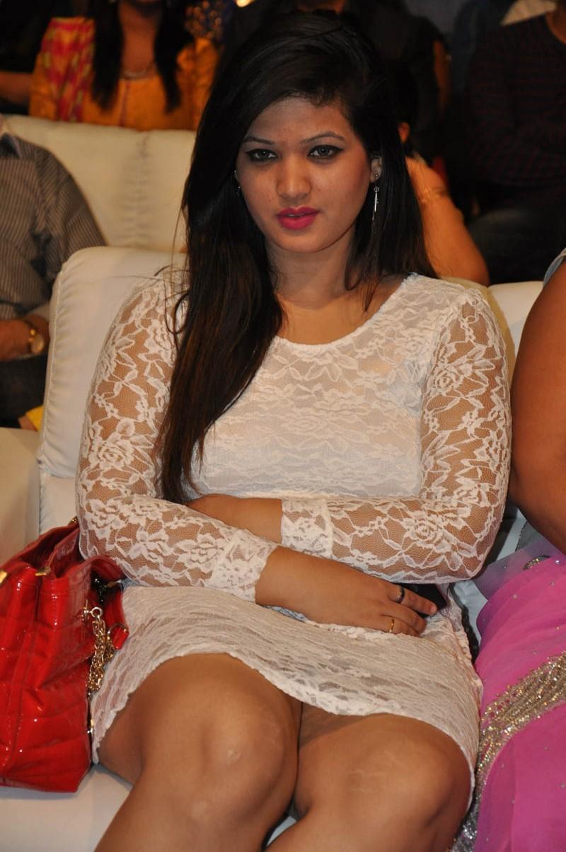 Very sexy anusha sharma sexy ass - 2 part 6