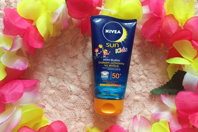 2209. Nivea Sun Kids Swim & Play balsam ochronny na słońce dla dzieci SPF 50