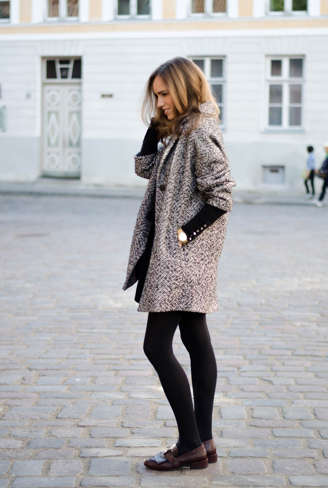 houndstooth coat fall outfit with skirt