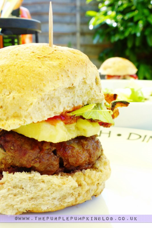 Budget #BBQ for a family of 4 for a tenner! with ASDA & #CBias: BLCT Sliders