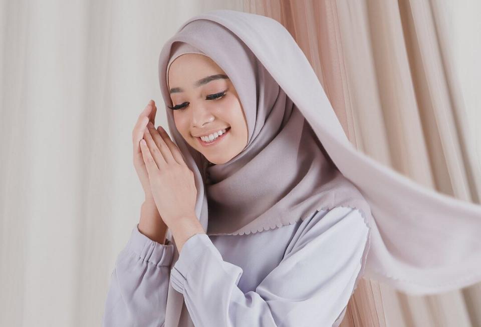 model hijab paris 2021
