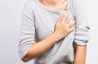 Les meilleurs traitements naturels pour se débarrasser des démangeaisons dans les seins