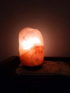岩塩ランプが溶けた