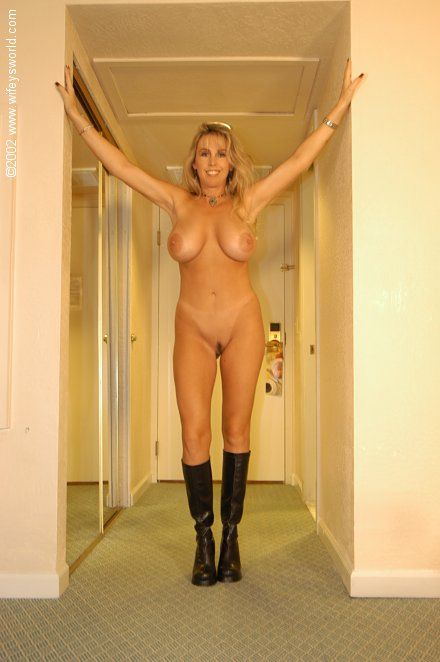 pics from wifeysworld pussy