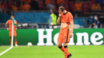 Like Eriksen,  Netherlands defender Dalei Blind is also has heart disease