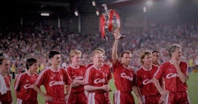 اليوم.. ذكرى مرور 30 عاما عن فوز ليفربول باخر لقب للدوري الإنجليزي