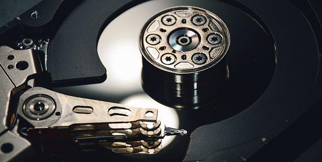 Apakah mengosongkan ruang penyimpanan dapat mempercepat PC/Laptop?